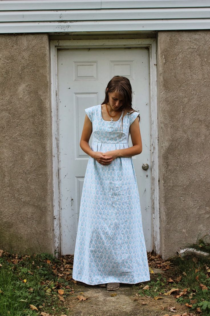 Verdant Bents: Linen maxi Washi dress - I love this dress. Just like something right out of Pride and Prejudice.
