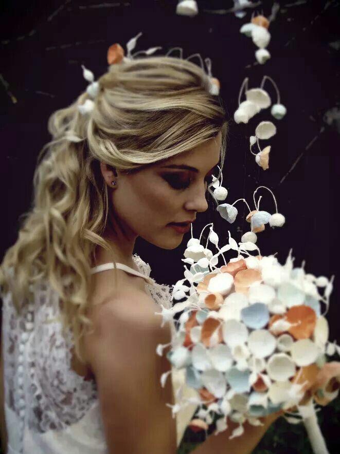Bouquet di carta, paper flowers bouquet, matrimonio ecologico, nozze green , accessori sposa fiori di carta Roma , Eco wedding design
