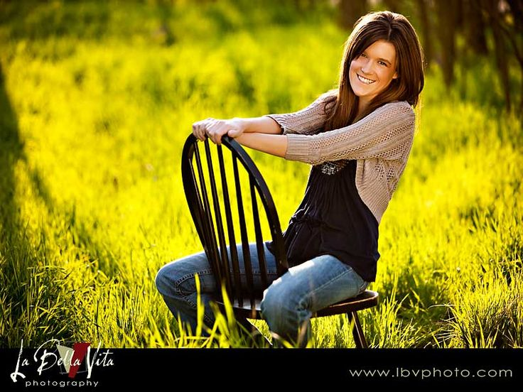 Senior Picture....I have that chair!: Picture Senior Pictures, Senior Picture Repin, 3Picture Perfect 3, Pins Today, Picture Repin By Pinterest, Senior Pictures Photography, Picture Ideas