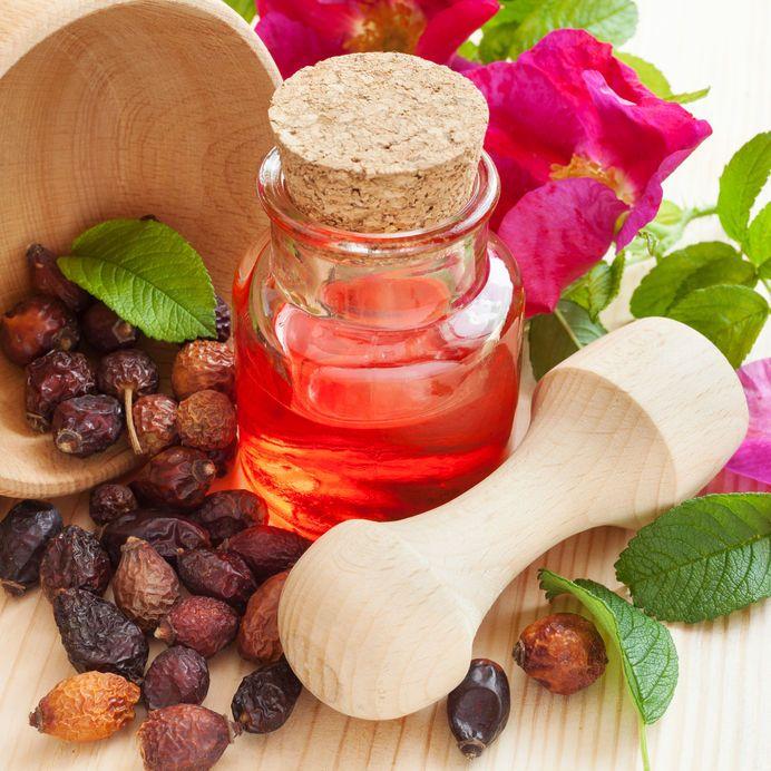 Top 21 Etherische oliën voor ouderdomsvlekken op het gezicht en handen, wat veroorzaakt ouderdomsvlekken?, top 21 Etherische oliën voor ouderdomsvlekken, sommige recepten getest - hoe deze essentiële