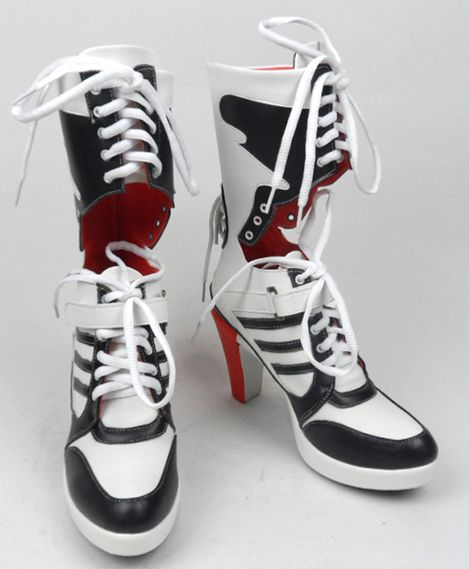 Complete your Harley Quinn Costume from Suicide Squad with these quality boots. The boots really are the star of the costume and is a must to complete the full ensemble. Be bad ass and sexy at the sam