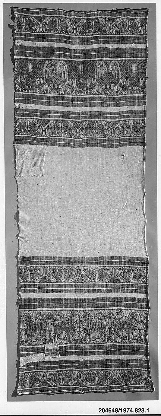 Datering: 1400-1500-tallet Materialer: Hør og bomuld Dimensioner: 147.3 x 52.1 cm Håndklæde
