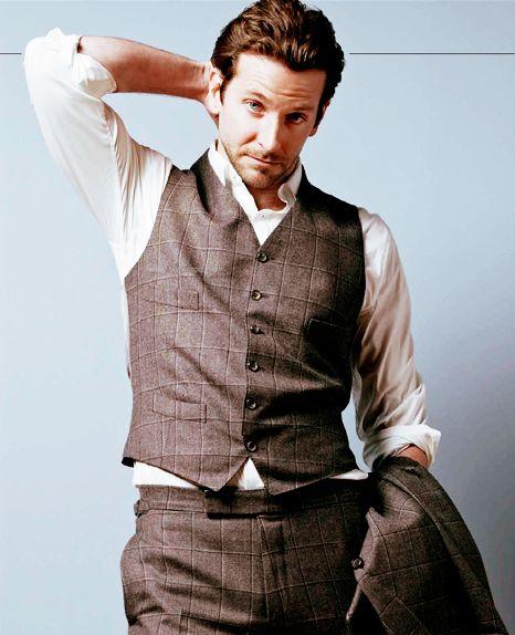 Bradley Cooper - just plain right sexy!