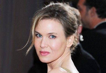 Renée Zellweger, Light summer: Natural hair color dark ash blonde