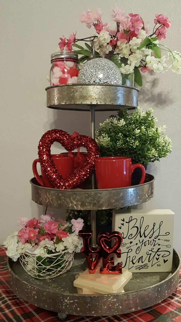 Valentine table decorations pinterest - Valentine S Day Tiered Tray