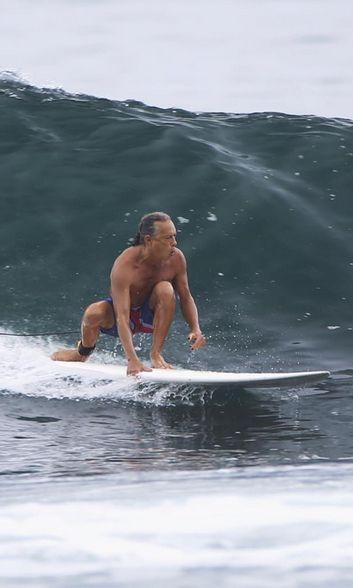 Kirk Hammett of Metallica expertly shooting the curl.