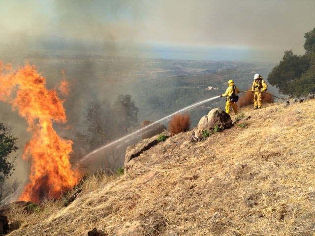 Lookout Fire | Photo by Ray Ford  http://www.independent.com/lookoutfire/