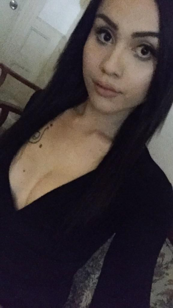 girls looking for guys escort review Victoria