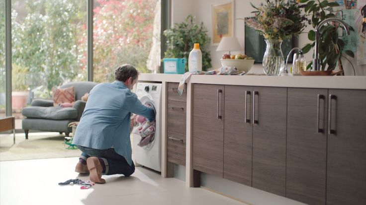 Found forgotten items? With Samsung Addwash™ Washing Machine, you can open the innovative AddWash™ door and quickly drop in anything extra during the wash* – whether that's a stray sock you missed, extra softener, or a hand-washed garmentfor final rinsing. Click to learn more.