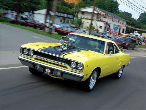 Blown 1970 Plymouth Hemi Road Runner yellow  Yellow Vehicles