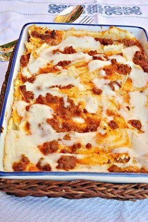 Lasaña sin gluten. Una receta sin gluten para celíacos: cómo preparar lasaña sin gluten paso a paso. Os enseñamos a hacer bechamel, masa de lasaña y salsa de carne.