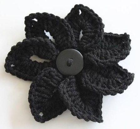 Crochet Flower free pattern. Love this!