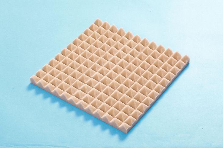 hangszigetelő szivacs piramis homokszín 100x100x4cm öntapadós