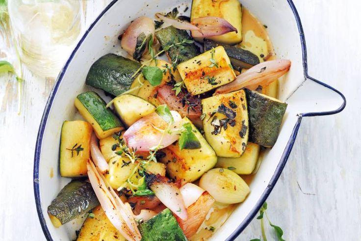Met een paar verschillende kruiden geef je alledaagse groenten een verrassende draai. Zo simpel kan lekker zijn. - Recept - Allerhande