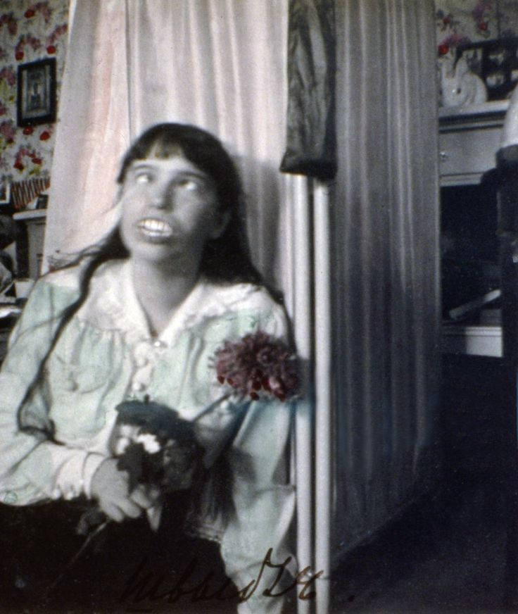 Snapshots of Russia's imperial Romanov family. Most pics taken by Russia's last tsar himself, Nicolas II. In this pic, Anastasia Romanov Pulling A Face
