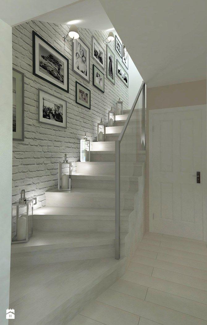 Wystrój wnętrz - Schody - pomysły na aranżacje. Projekty, które stanowią prawdziwe inspiracje dla każdego, dla kogo liczy się dobry design, oryginalny styl i nieprzeciętne rozwiązania w nowoczesnym projektowaniu i dekorowaniu wnętrz. Obejrzyj zdjęcia!