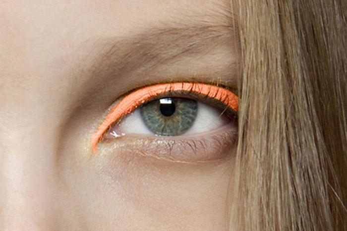 Google Image Result for http://3.bp.blogspot.com/-MyNmEyvYYvk/T2E_3aigNeI/AAAAAAAAEWs/j5AJKO9KufI/s1600/sa3.jpgOrange, Cat Eye, Neon Eyeshadows, Eyeliner, Eye Makeup, Bright Eye, Eye Shadows, Beautiful, Eye Liner