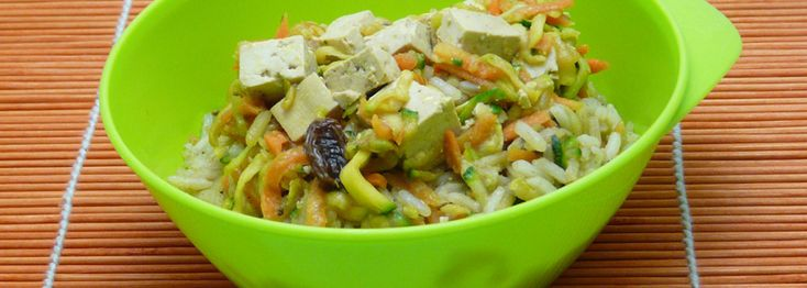 Indiai fokhagymás tofu zöldséges rizzsel