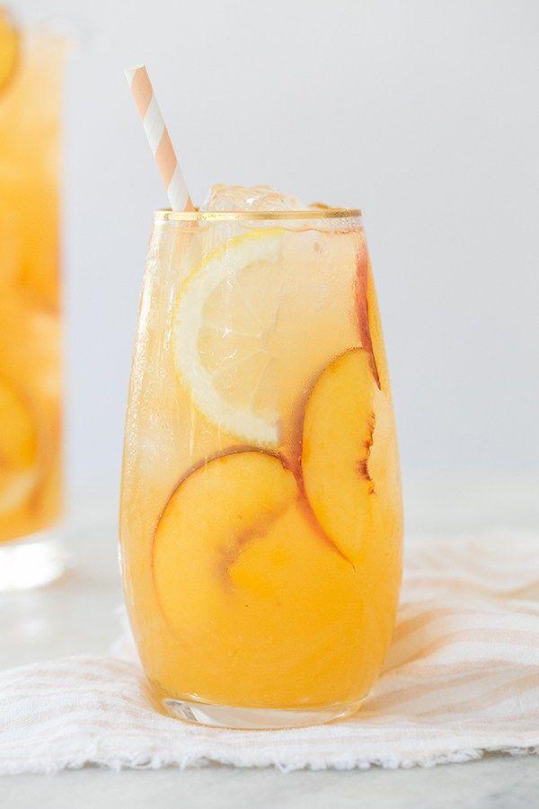 The Best Peach Lemonade Recipe / Summer Lemonade Recipes / Summer Drinks / Lemonade / Peach Recipes / Sugar and Charm - sweet recipes - entertaining tips - lifestyle inspiration