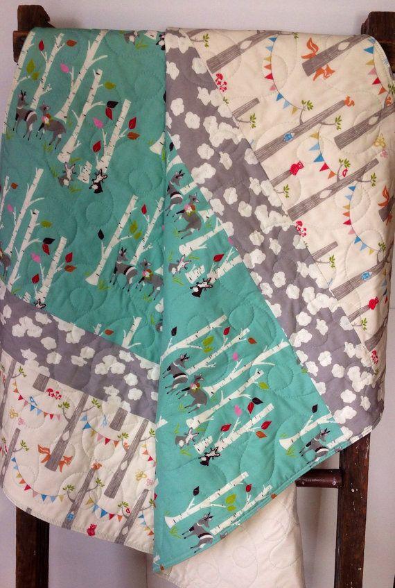 Gender nursery bedding : Modern gender-neutral baby bedding