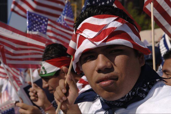 http://noticias.univision.com/article/2320234/2015-04-30/inmigracion/noticias/los-inmigrantes-salen-a-las-calles-este-1-de-mayo-para-pedir-la-accion-ejecutiva