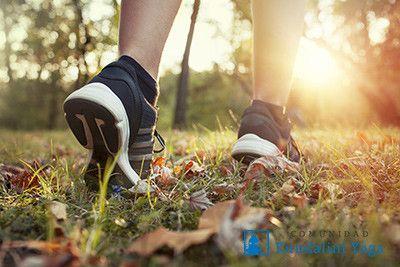 Meditación para hacer mientras caminas, Charan Jaap http://www.comunidadkundalini.com/inspiraciones/meditacion/meditacion-para-hacer-mientras-caminas/
