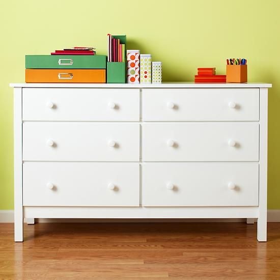 Simple 6 drawer dresser from The Land of Nod