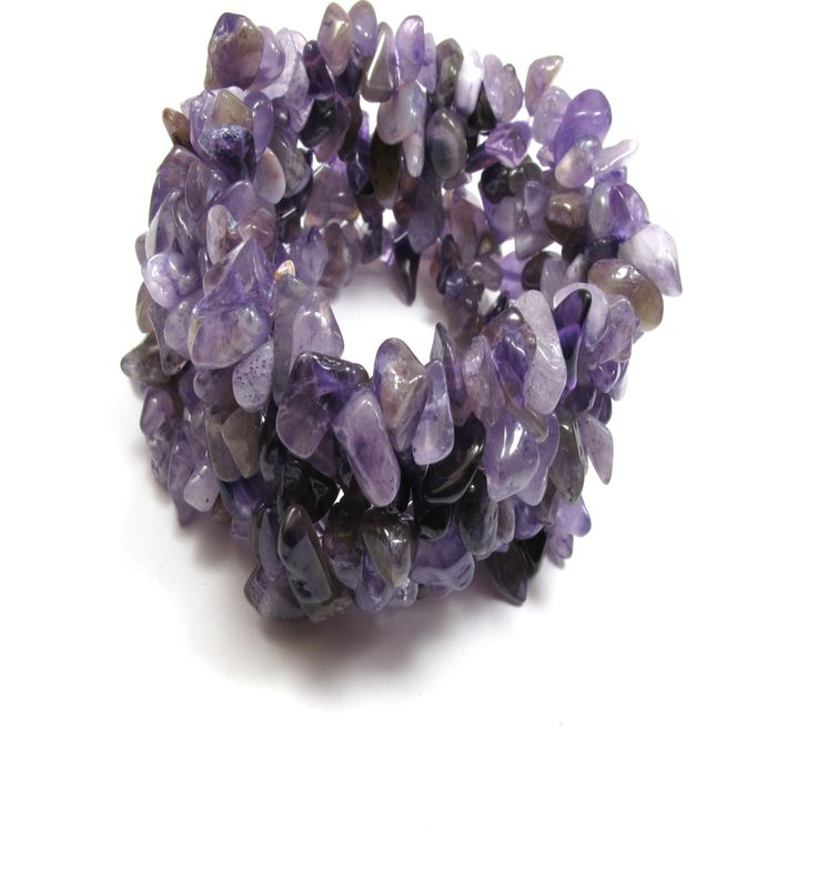 Purple amethust gemstone bracelet.