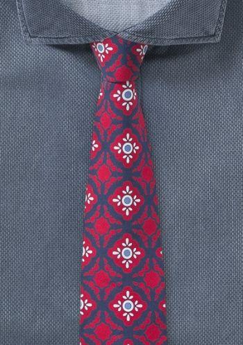 Moderne rote Krawatte mit Talavera-Dekor