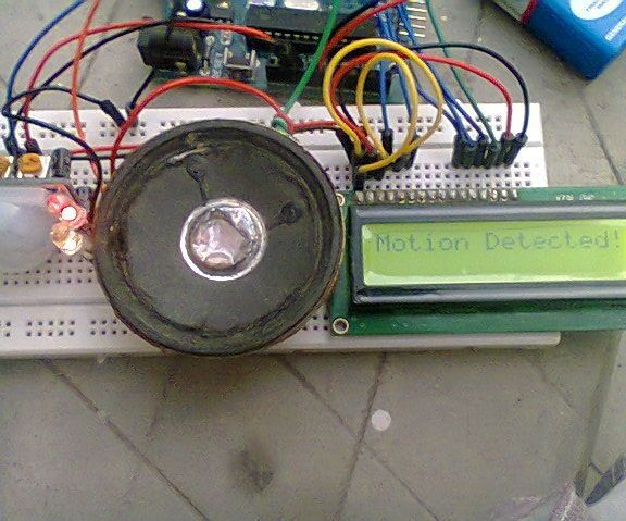 Home Security Alarm or a Motion Detector Using Arduino,P.I.R Sensor and LCD.