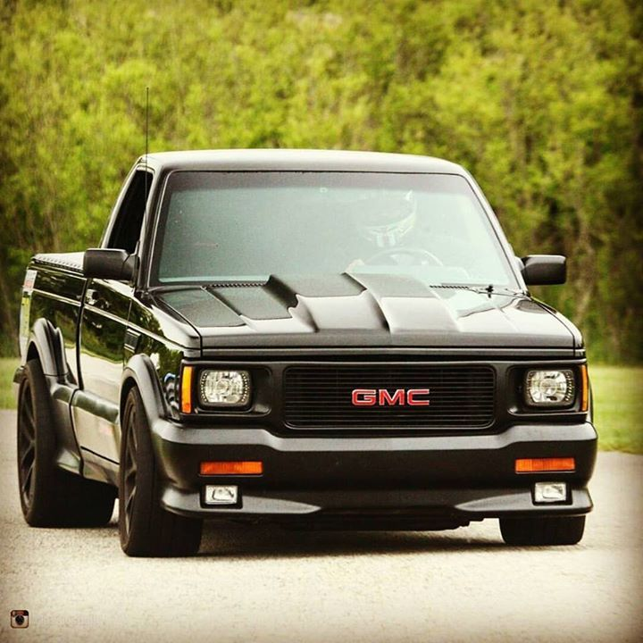 repost via @instarepost20 from @classicsdaily @superstreet_performance's 1000whp Syclone is insane! #GMC #Syclone #ClassicsDaily #instarepost20