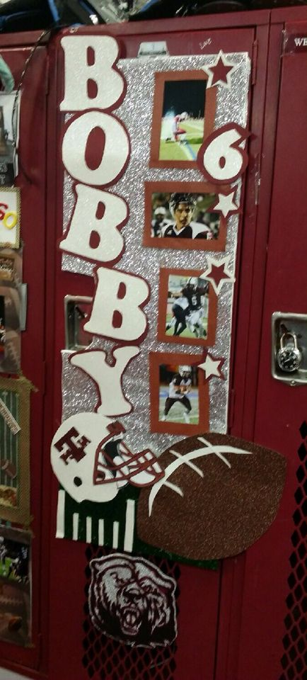 Football locker decoration