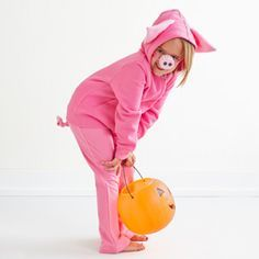 Easy Halloween Costumes for Kids. Easy DIY Halloween pig costume. These costumes can be completely no-sew if you use a hot glue gun.