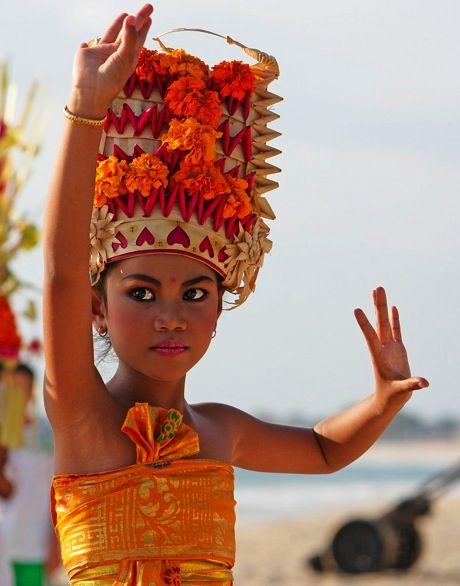 Bali (B)