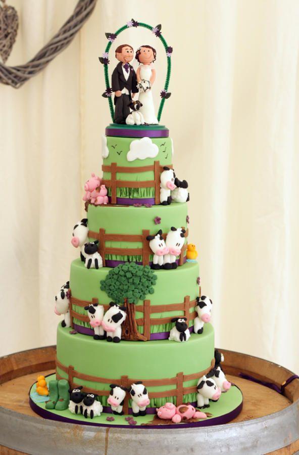 Farmyard wedding cake