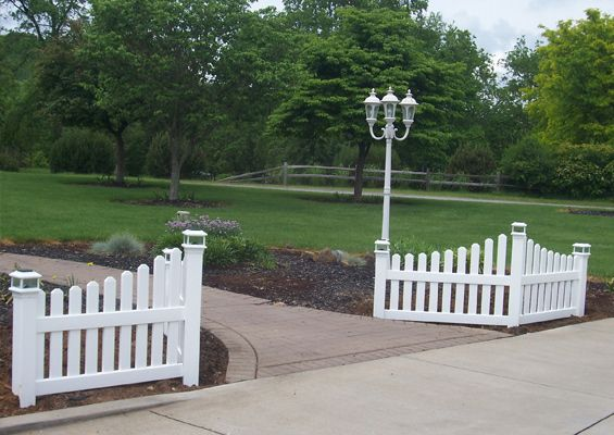Front Yard Fence Accent Google Search Corner Picket