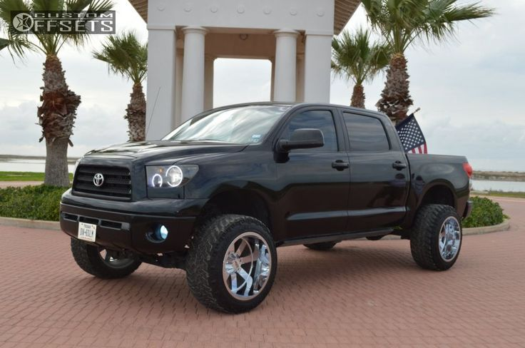 13946 2 2007 tundra toyota suspension lift 75 moto metal mo962 chrome super aggressive 3 5.jpg