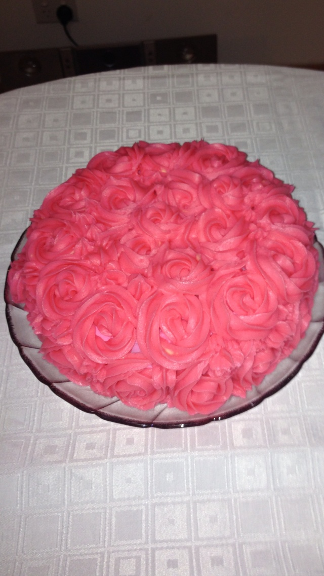 1st attempt at a rosette decorated cake!!! Perfect for my wonderful mum Rosa on Mother's Day xoxo
