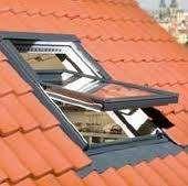 Seznam volných míst:  Pozice: montážní dělník plastových, dřevěných a hliníkových oken a dveří http://www.hzb.cz/volna-mista/