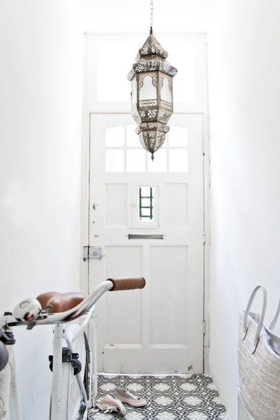 Vosgesparis: Modern Moroccan style in Black and White