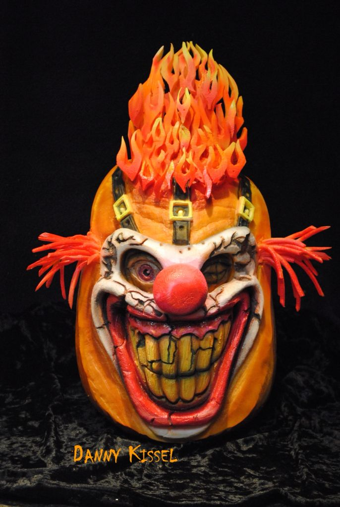 477 best pumpkin carving images on pinterest halloween for Clown pumpkin painting
