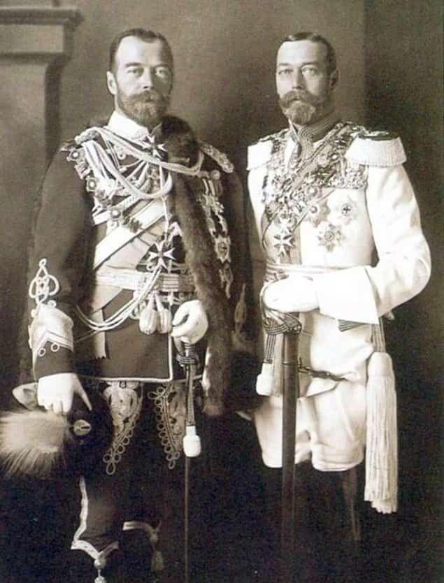 Двоюродные братья последний российский царь Николай II и король Англии Георг V