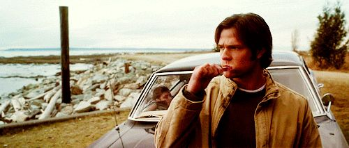 [gif] Sam brushing his teeth...gotta take care of them cuz there's no hunter's health insurance. :)  #Supernatural