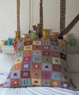 IF ONLY... If only I could afford to buy a million different coloured yarns, I'd absolutely love to knit something like this. Love the texture and the geometric design, it's like a mosaic. Madras Cushion  Free pattern, http://www.knitrowan.com/
