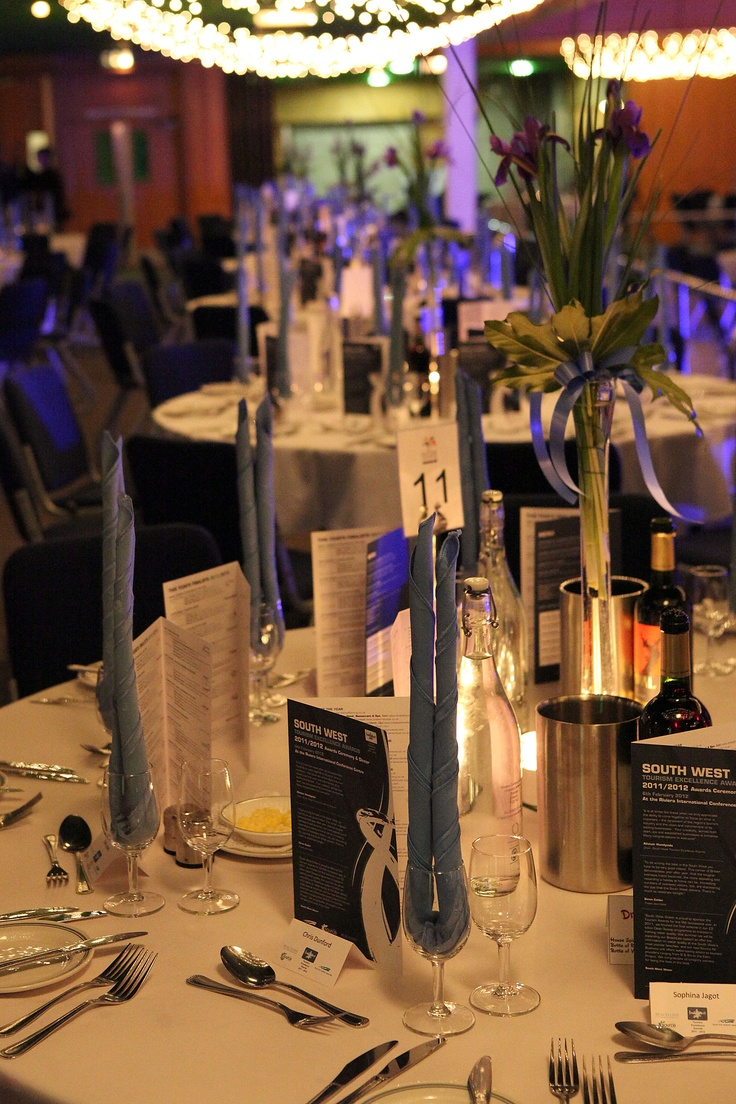 This is how the Torquay Conference centre does a table, very Glitzy!