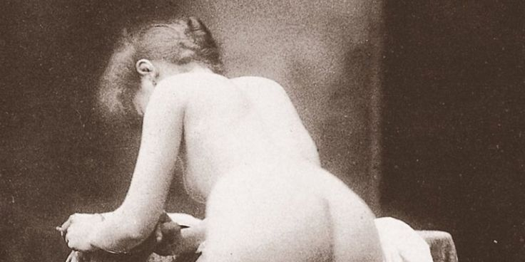 A Brief And Booty-Filled Guide To The History Of Erotic Photography (NSFW) ... Note: This article spans the history of erotic photography. Consider yourself warned.  Since the dawn of time -- or at least the dawn of the daguerrotype -- one subject has captivated artists of all mediums and movements alike with its beauty, intr...