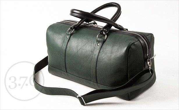 Perfect size for one day trip, as carry-on luggage or simply for a date!