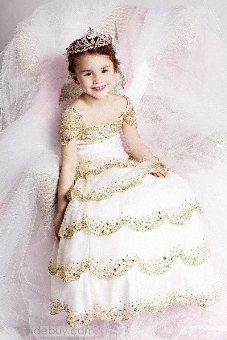 12 best images about little girl princess dress on for Small princess