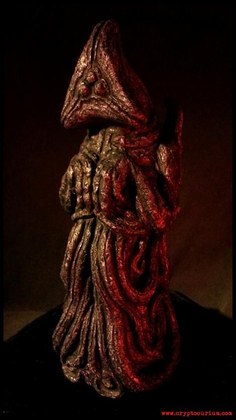 """THE HAUNTER OF THE DARK IDOL - """"Fashioned by the Mi-Go from the native dark stone of Yuggoth, this idol depicts """"The Haunter of the Dark"""", the tentacled, bat winged avatar of Nyarlathotep with a three lobed burning eye who is summoned by gazing into The Shining Trapezohedron."""" Hand cast in solid resin and individually signed and numbered by artist Jason McKittrick."""