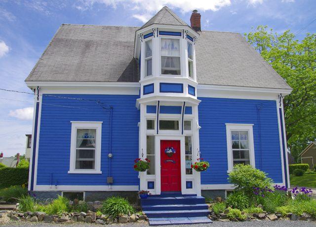 Great colour to the houses in Lunenburg, Nova Scotia